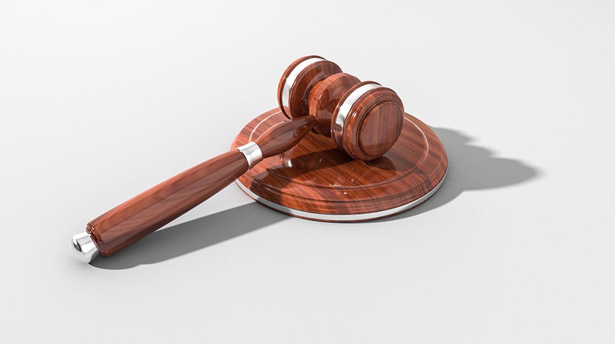 Afbeelding van Uitspraak rechter: avondklok moet per direct worden opgeheven