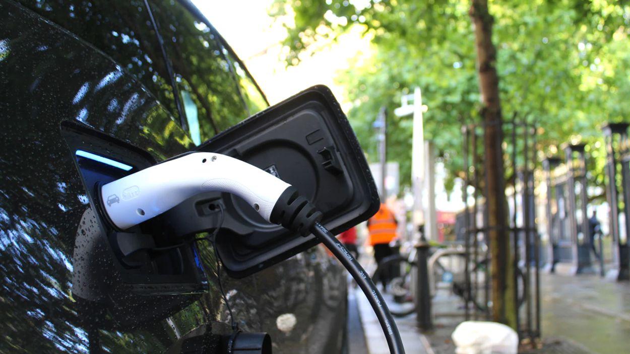 Afbeelding van Laadpaal elektrische auto kopen via webwinkel wordt steeds normaler