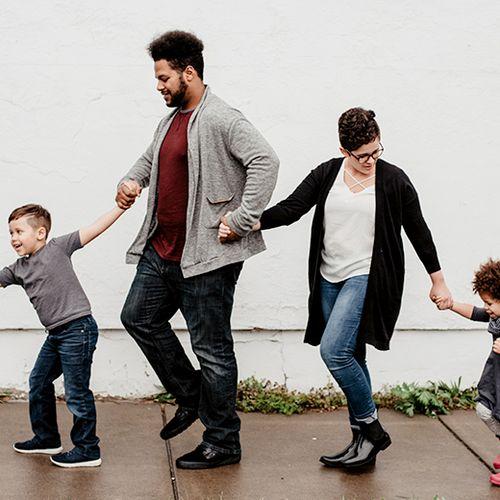 Afbeelding van Ouders blij met aftreden kabinet om kindertoeslagaffaire