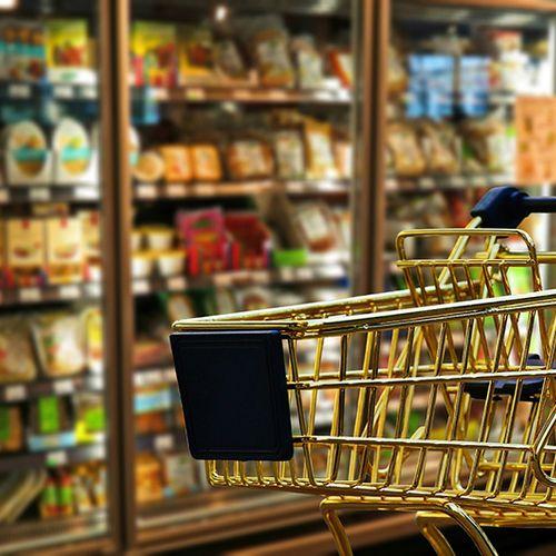 Afbeelding van Honderden supermarktmedewerkers leggen komende dagen werk neer