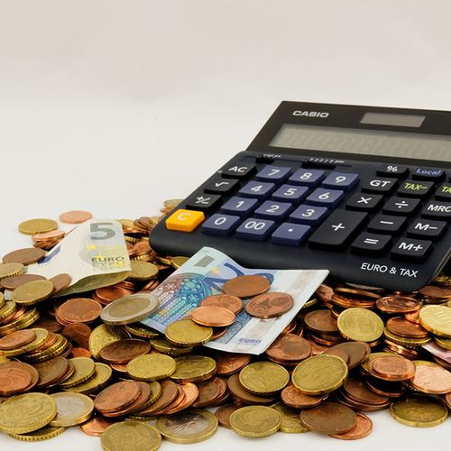 Afbeelding van Grotere partijen willen hogere inkomens zwaarder belasten