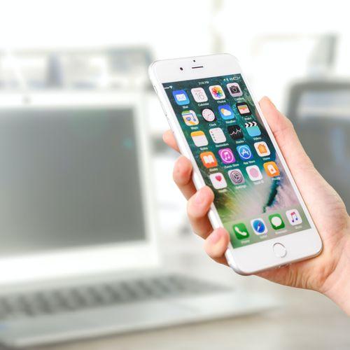 Afbeelding van Apple adviseert iPhone 12 minimaal 15cm van pacemaker te houden