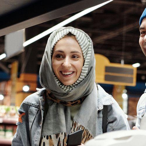 Afbeelding van Grote supermarktketen opent kletskassa's tegen eenzaamheid