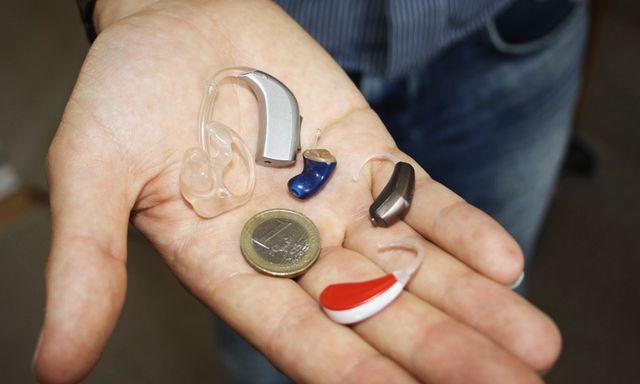 Afbeelding van Is een speciale gehoorapparaatverzekering echt nodig? Je leest het hier